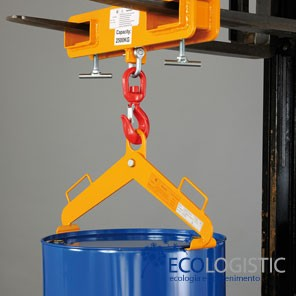 Vertical hoist for steel or PE drums
